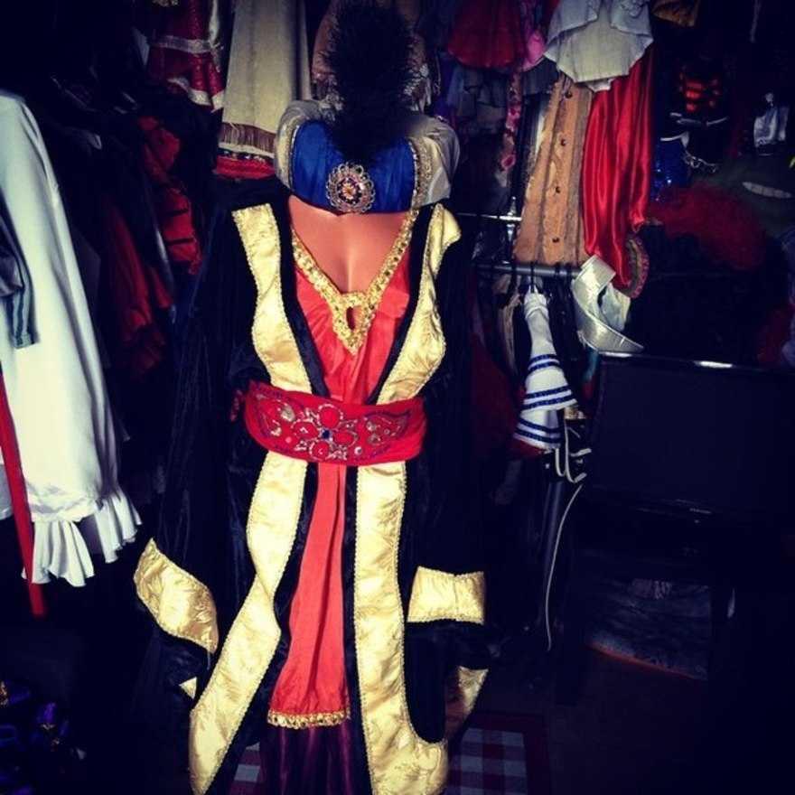Прокат карнавальных и маскарадных костюмов